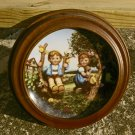 "1989 ""Apple Tree Boy & Girl"" Little Companions Hummel Collectors Plate #K9699"