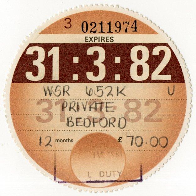 (I.B) GB Revenue : Car Tax Disc (Bedford 1982)
