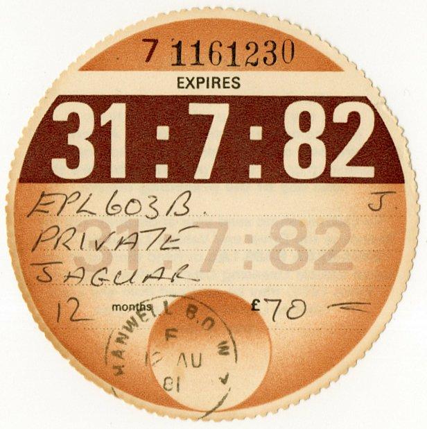 (I.B) GB Revenue : Car Tax Disc (Jaguar 1982)