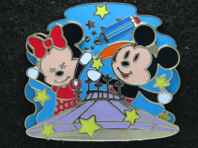 Disney Pin HKDL 2007 Mickey & Minnie on Space Mountain