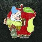 75064 Disney 2009 HKDL Mystery Pin Snow White and the Seven Dwarfs - Bashful