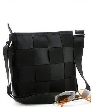 BEAUTIFUL BLACK CHECKERBOARD STYLE HANDBAG PURSE