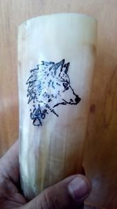 (11.01) Hand painted Wolf Design Viking drinking horn beer wine pagan ale