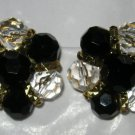 Trifari black bead clear faceted gold tone round clip earrings MINT signed