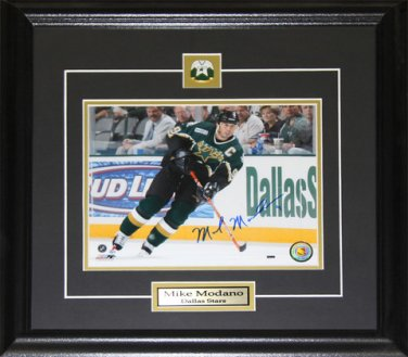 Mike Modano Dallas Stars Signed 8x10 frame