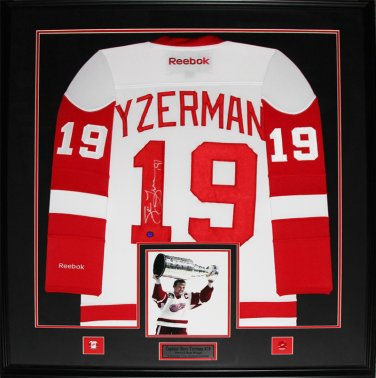 Steve Yzerman Detroit Red Wings signed white jersey frame