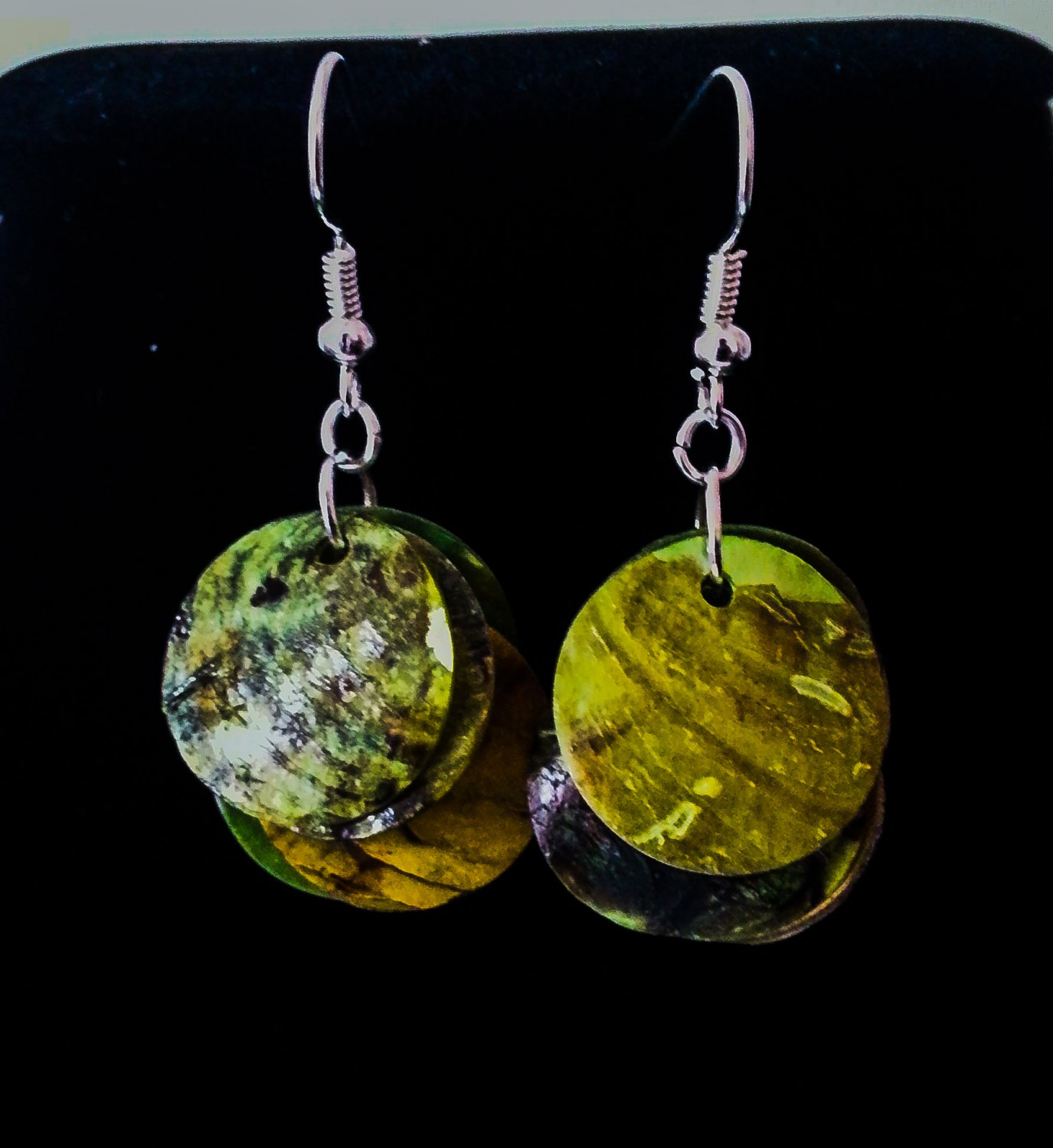 Green Mother of pearl shell earrings