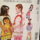McCalls Sewing Pattern 6662 Childrens Aprons Size 3-8