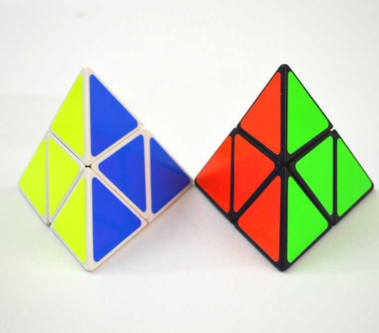 2pcs Pocket Rubik's Cube Triangle Magic Pyramid Speed Cube Pyraminx Twist Puzzle Rubik