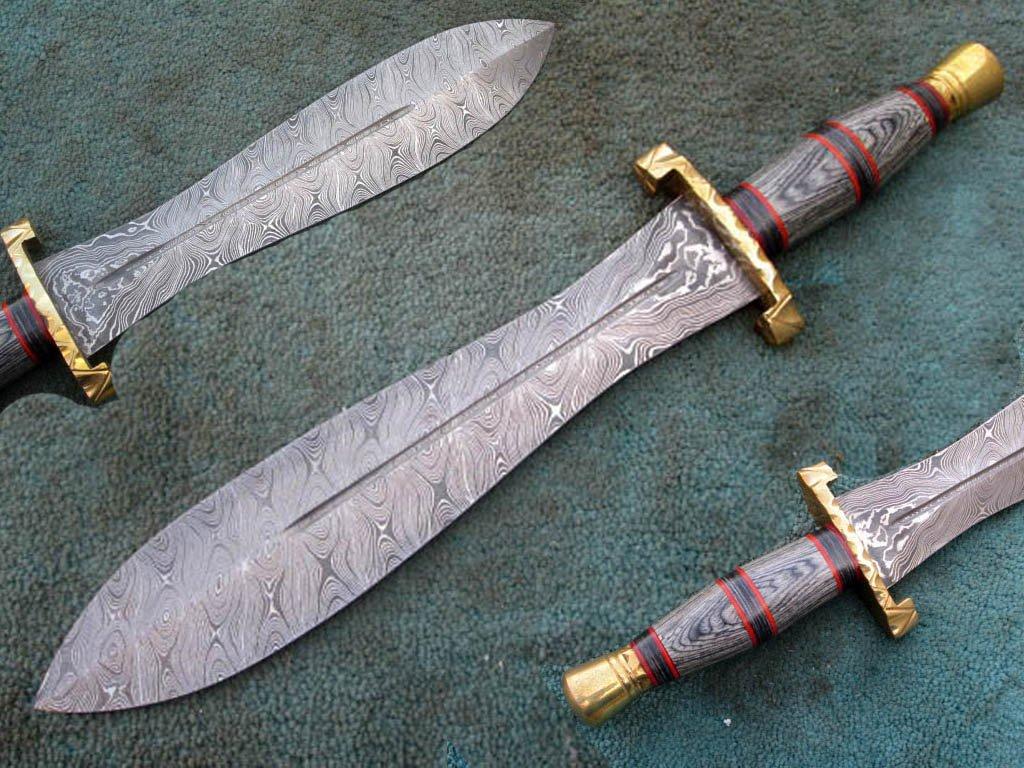 HANDMADE CUSTOM MADE DAMASCUS STEEL HUNTING DAGGER KNIFE (HK-501)