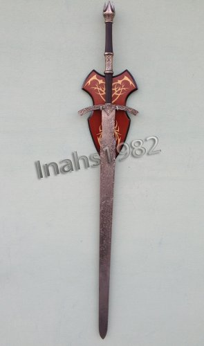 Witch-King-Sword-from-Lord-of-The-Rings-With-Wall-Plaque