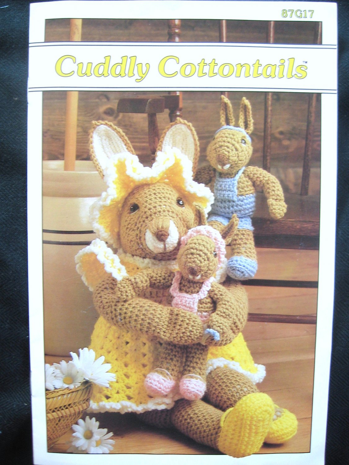Annie's Attic Cuddly Cottontails Crochet Pattern Mother & Babies