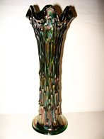 FENTON APRIL SHOWERS GREEN CARNIVAL GLASS VASE