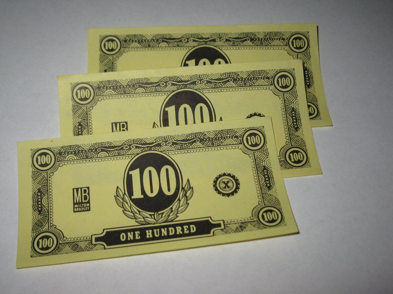 1958 Easy Money Deluxe ed. Board Game Piece: stack of money - (3) $100.00 Bills