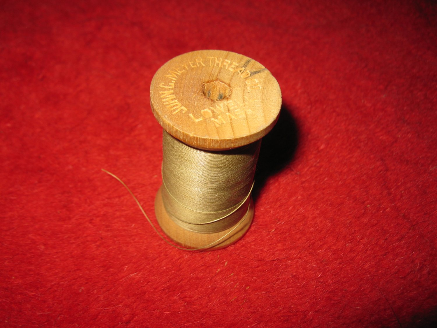 John C. Meyer wood Spool w/ Thread: Wliamet, 30 , 3