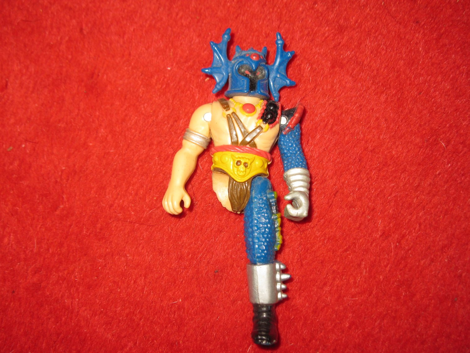 Vintage 1983 TSR AD&D Action Figure: Warduke - Missing right leg. - Advanced Dungeons & dragons