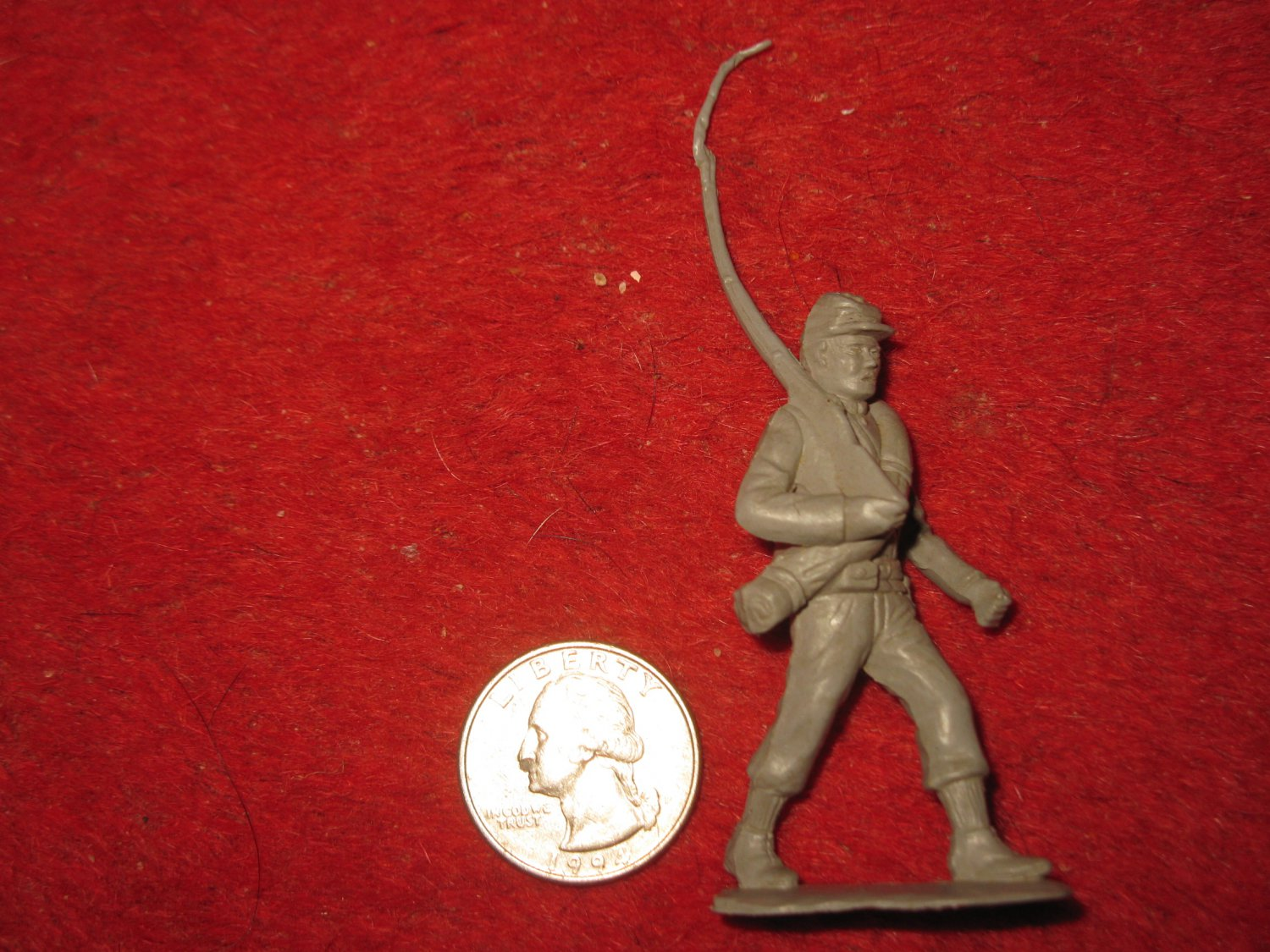 Vintage Marx Miniature Playset figure: Rare Gray Civil War Walking Soldier