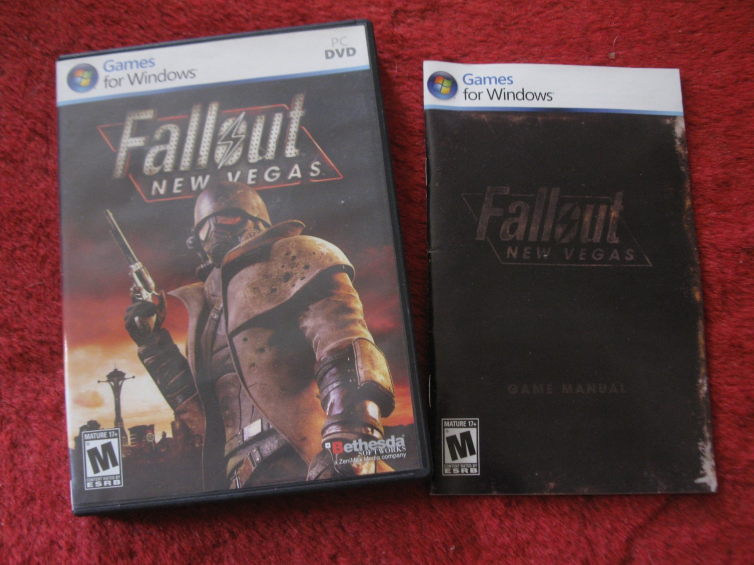 2010 Fallout New Vegas empty Case w/ Booklet & Cover Art- PC Video Game Instruction Booklet