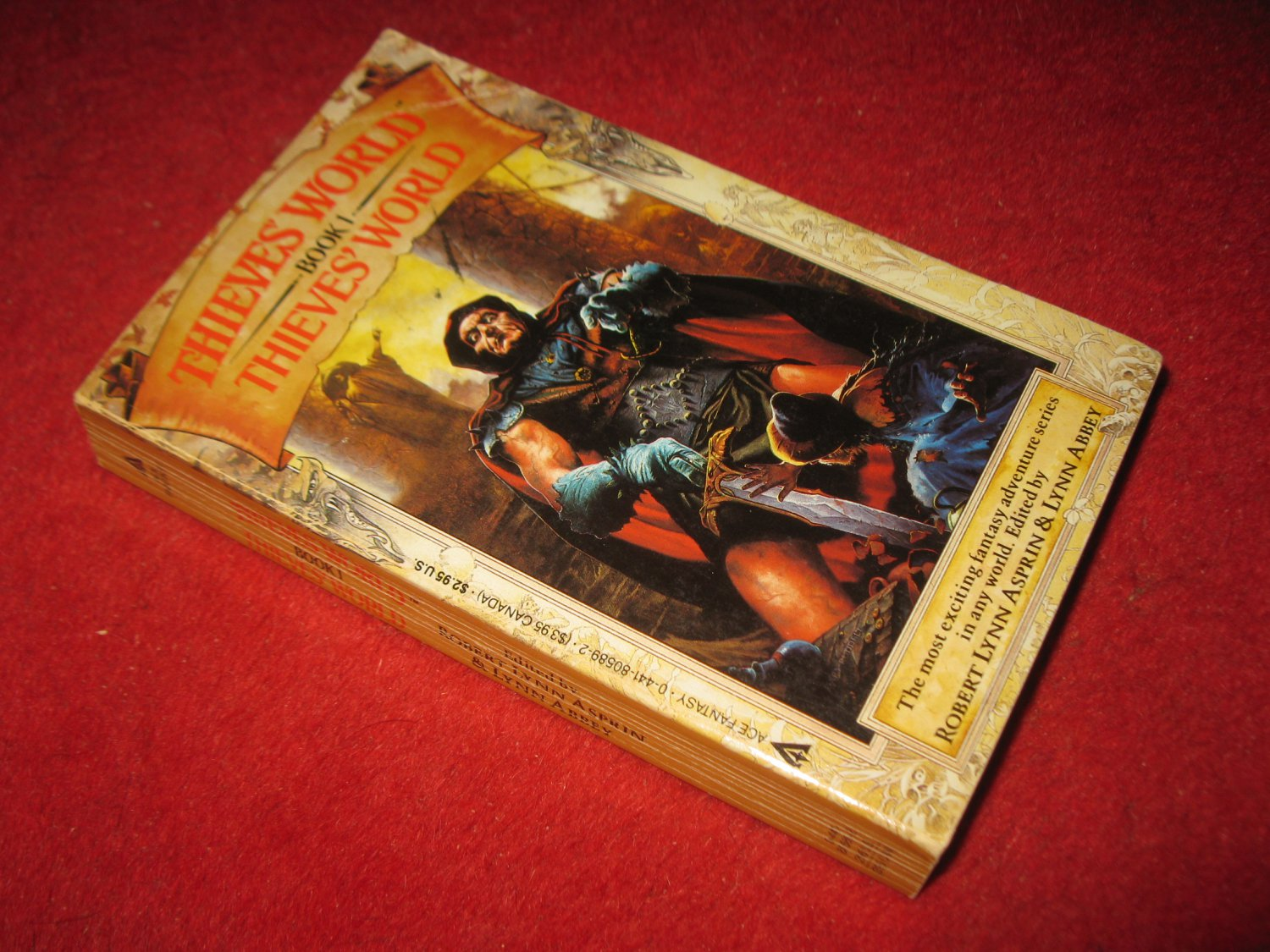 1986 Thieves World #1: Thieves' World - Ace books - paperback