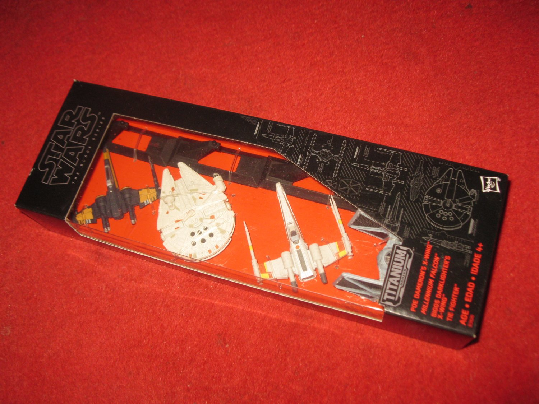 2015 Star Wars : The Black Series 4 vehicle Titanium Pack: brand new unopened package