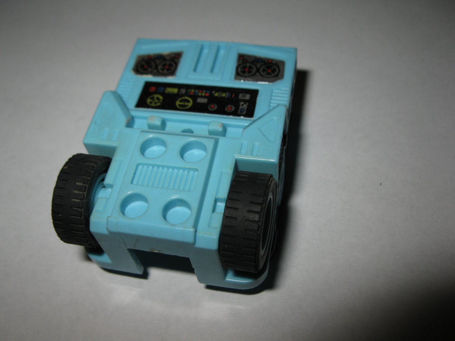 G1 Transformers Action figure part: 1986 Hot Spot - Chest Section