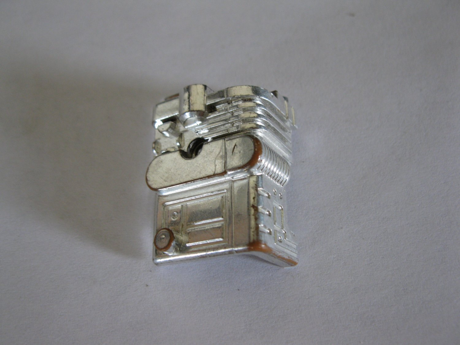 G1 Transformers Action figure part: 1986 Wreck-Gar - Chrome Engine / Chest Right Side