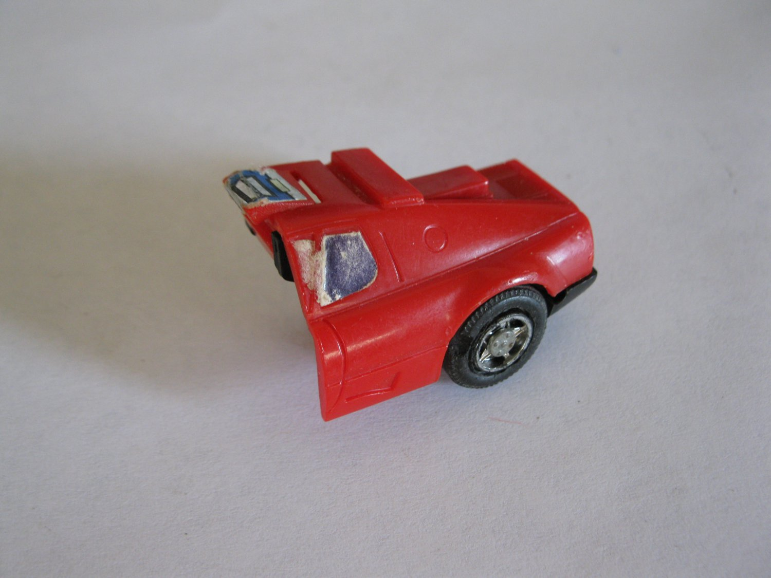 G1 Transformers Action figure part: 1984 Overdrive - Left Rear Quarter Panel W/ Wheel