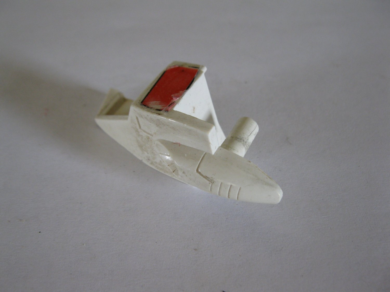 G1 Transformers Action figure part: 1984 Jetfire - Right Shoulder