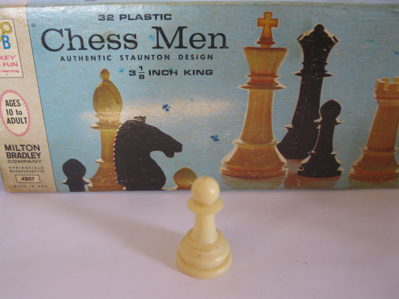 1969 Chess Men Board Game Piece: Authentic Stauton Design - White Pawn