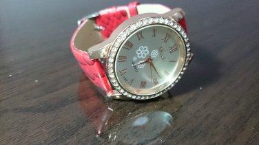Bling Diamond Vintage Leather Strap Quartz Wrist Women Chic Fashion Analog Watch