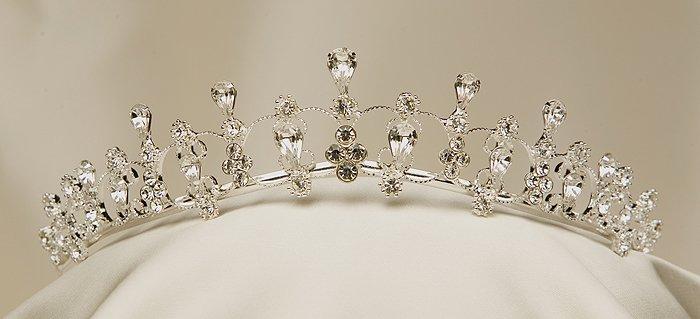 Ilusion Bridal Headpiece