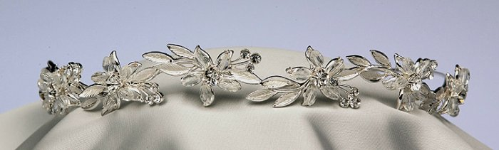 Lilly Bridal Headpiece