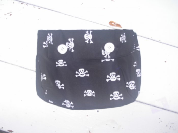 Black and White Skull Cosmetic Bag