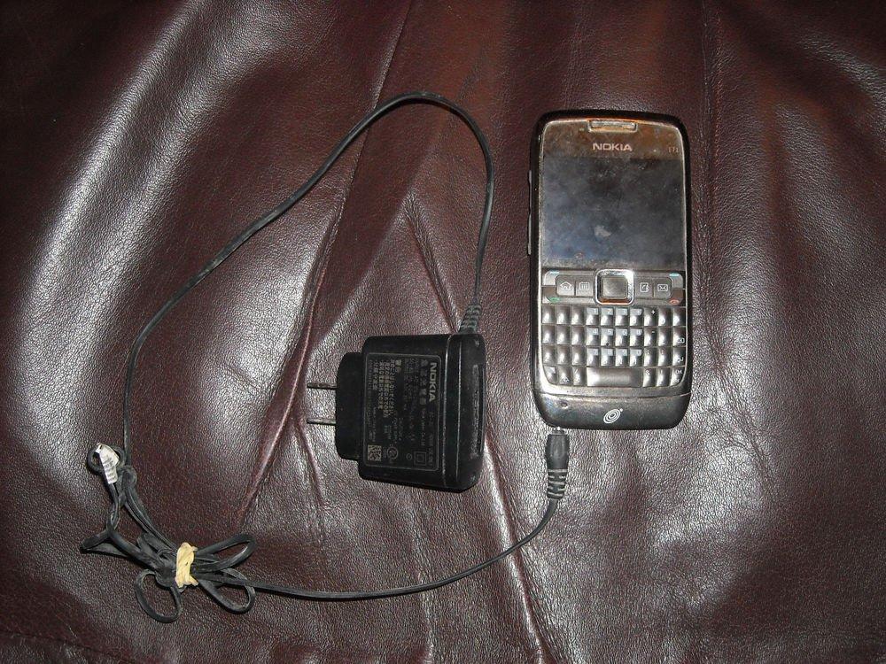 Nokia Grey E71-2 Smartphone WiFi, Straight Talk