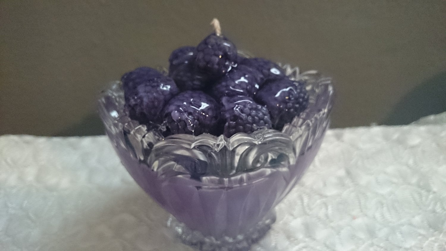 Blackberry Bowl Scented Soy Decorative Candle