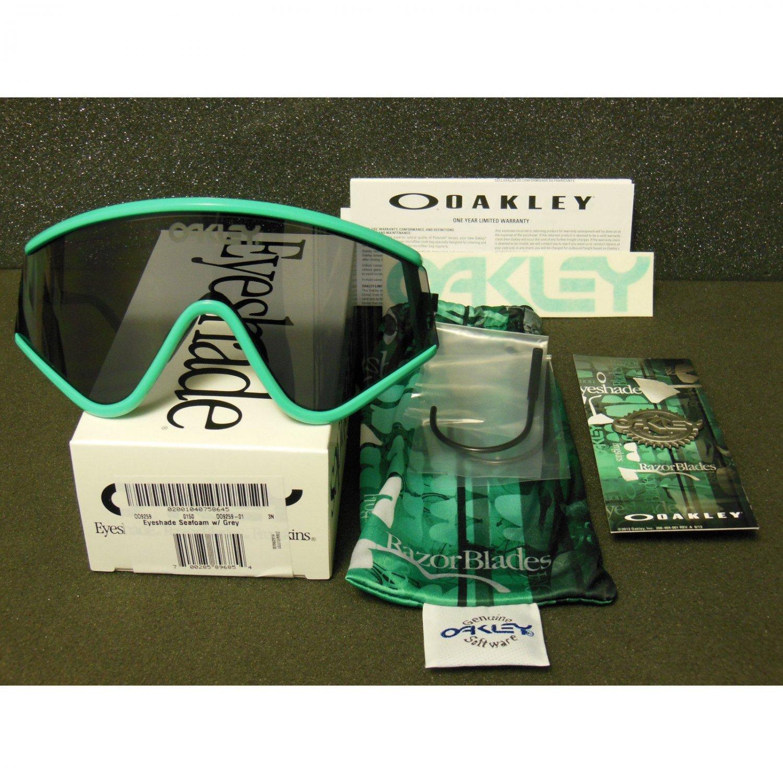Oakley Eyeshade Heritage Collection Retro Sunglasses, Seafoam/Grey