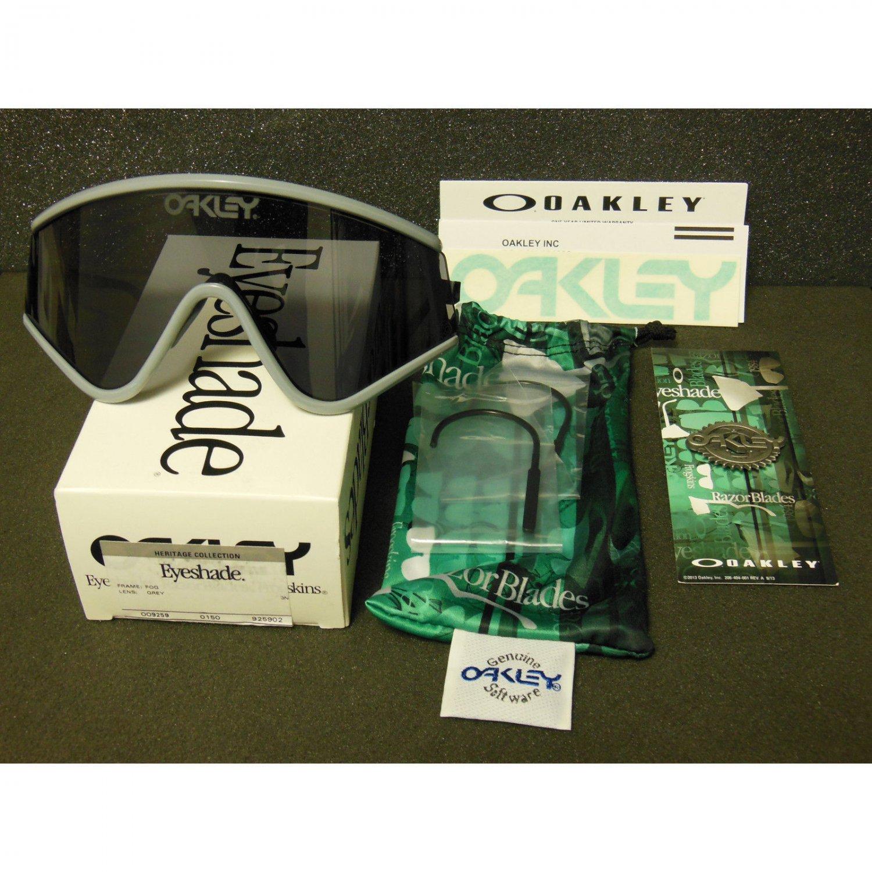 Oakley Eyeshade Heritage Collection Retro Sunglasses, Fog/Grey
