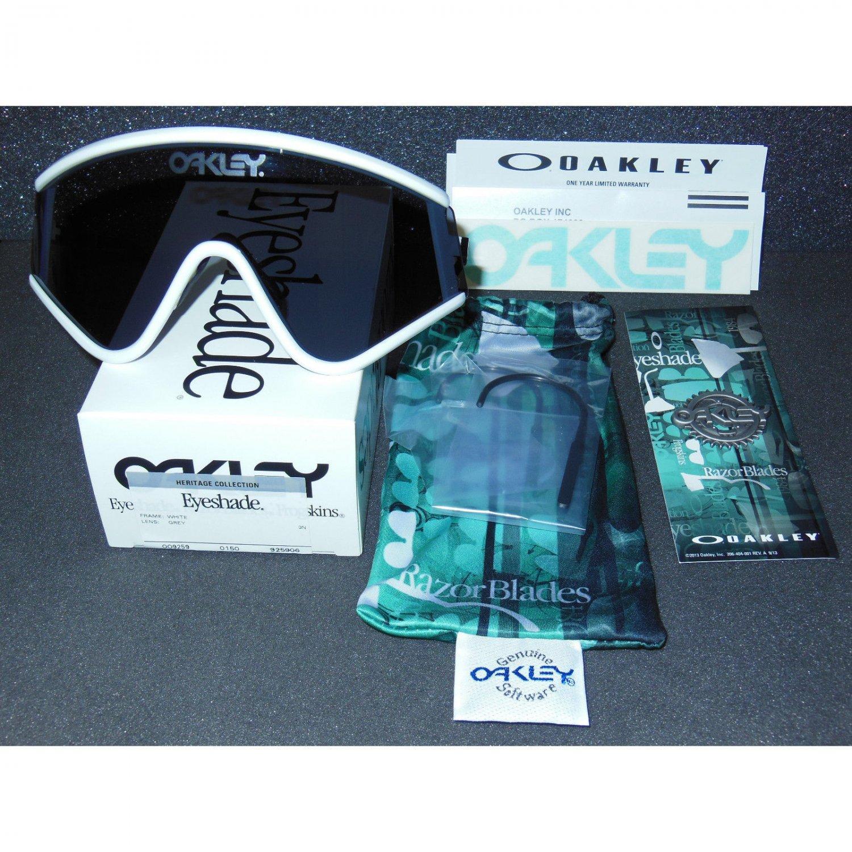 Oakley Eyeshade Heritage Collection Retro Sunglasses, White/Grey