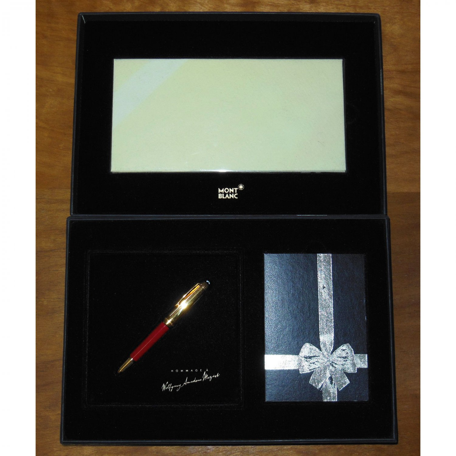 Montblanc Meisterstuck Butten Paper W.A. Mozart Solitaire Fountain Pen Red Coral/Gold 8912