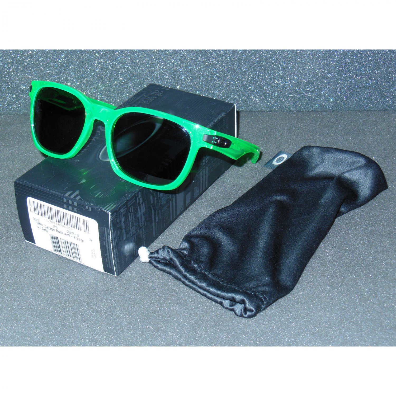 Oakley Garage Rock Sunglasses Antifreeze/Grey