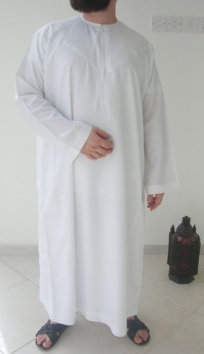 White Soft Emirates Gandoura / Dishdash / Thob / Kameez