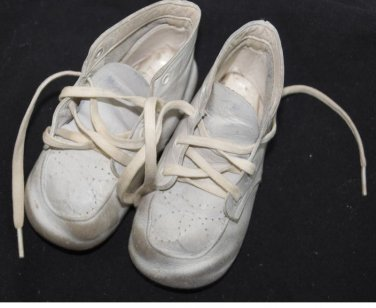 Vintage Child BABY DEERE Shoes White GENIUINE LEATHER High Top LACE-UP for DOLLS