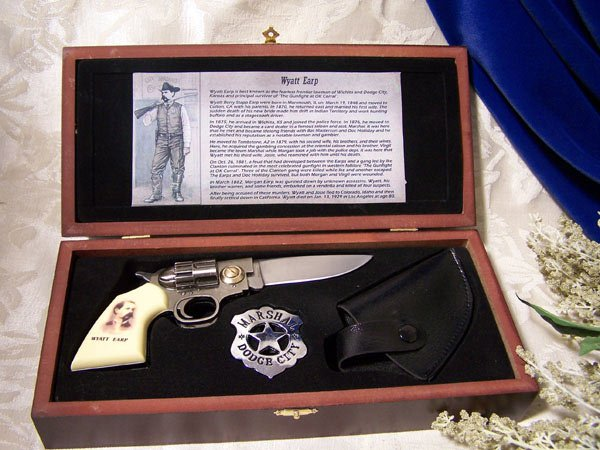 KNIFE WYATT EARP