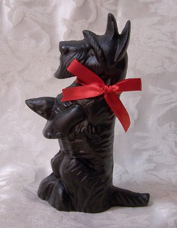 Cast Iron Doorstop Scottie Dog
