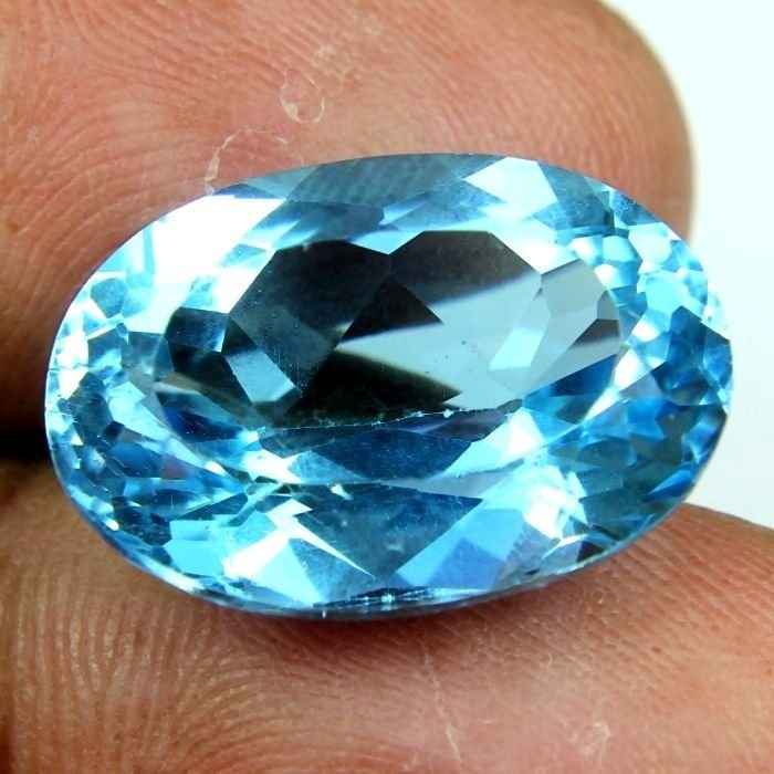 17.30 CARAT NATURAL & MOST BEAUTIFUL EARTH MINED BLUE TOPAZ GEMSTONE OVAL FACET