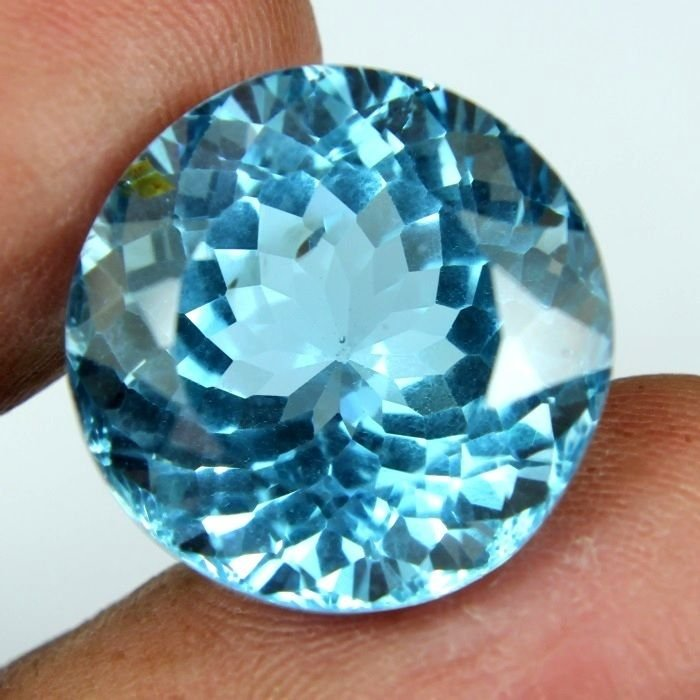 22.85 CARAT NATURAL & MOST BEAUTIFUL EARTH MINED BLUE TOPAZ GEMSTONE ROUND FACET
