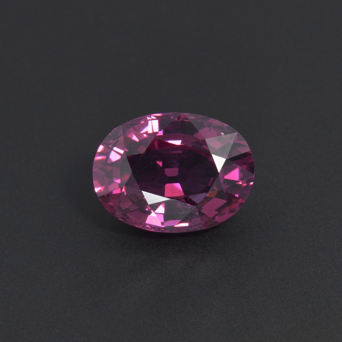 Certified Natural Rhodolite AAA Quality 7x5 mm Faceted oval 1 pc