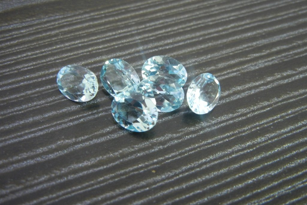 Certified Natural Sky Blue Topaz AAA Quality 7x5 mm Faceted Oval 10 pcs lot