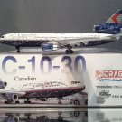 """Dragon Wings 1:400 Canadian DC-10-30 C-FCRE SIGNATURES """"Spirit of Canadian"""""""