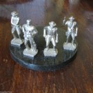 4 COWBOYS GUN MEN WILD WEST HEROES SMALL FIGURINES SET LOT 4 CM HIGH HI DETAILI